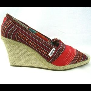 Toms Lina Shoes Wedge Heels Red Striped Vacation